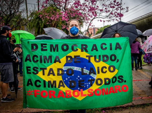 Foto: Maí Yandara på fotospublicas: demonstrasjon i Porto Alegre 07. september 2021
